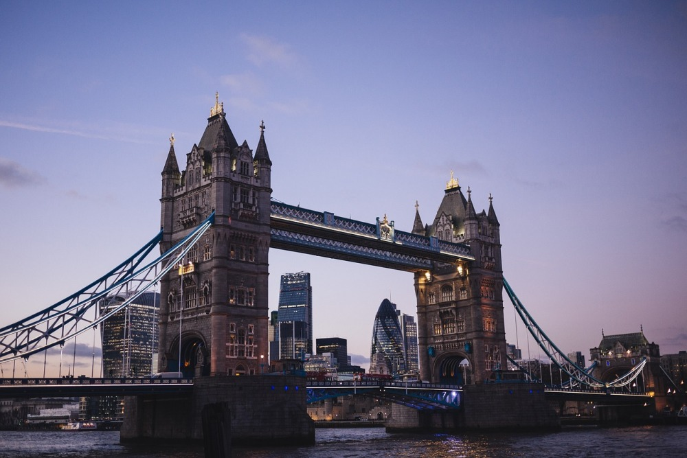 tower-bridge-1209483_1280