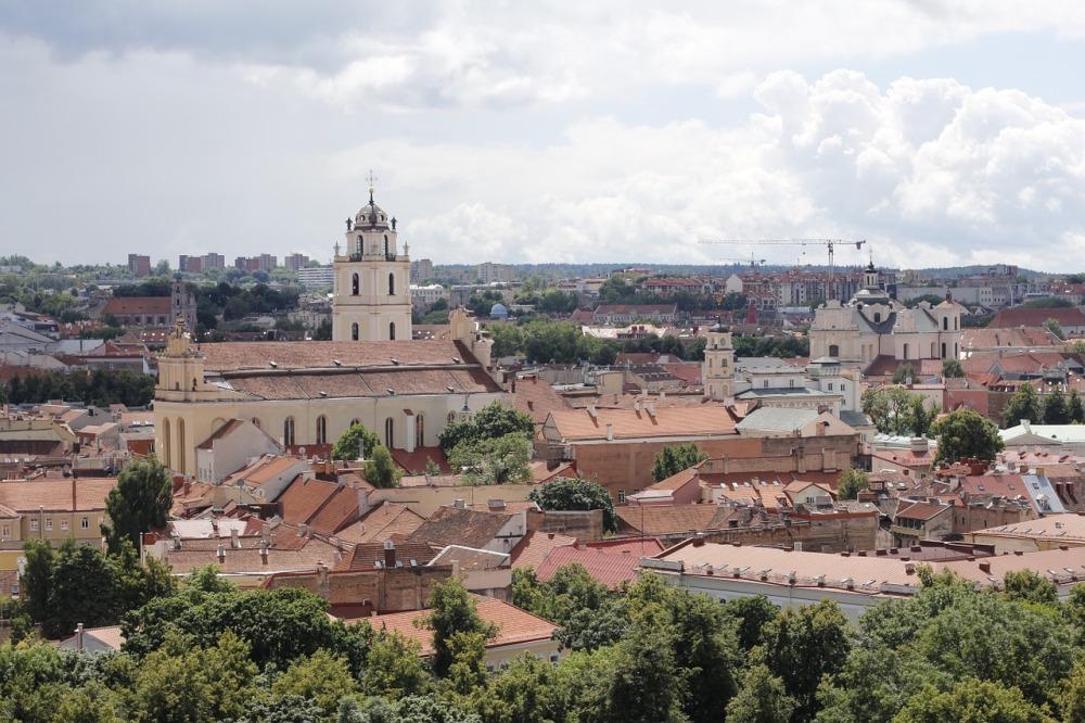 Descubra Vilnius con SATO Tours